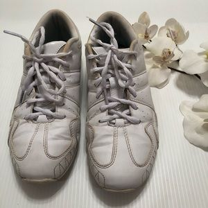 Varsity White Cheer Shoes Sneakers Size 7.5